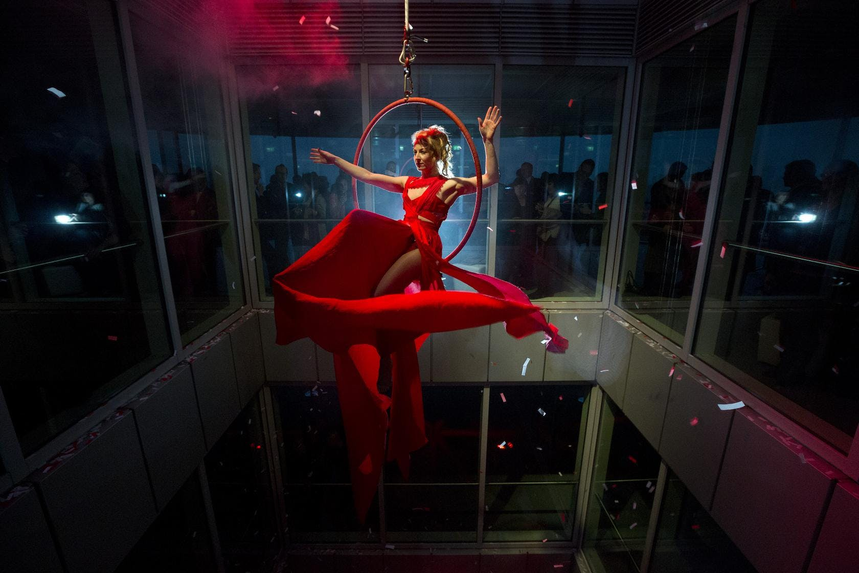 Acrobat entertainment at ArcelorMittal Orbit party