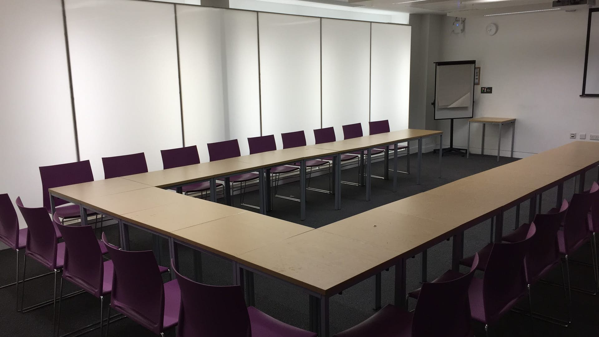 Affordable meeting room hire at Queen Mary University
