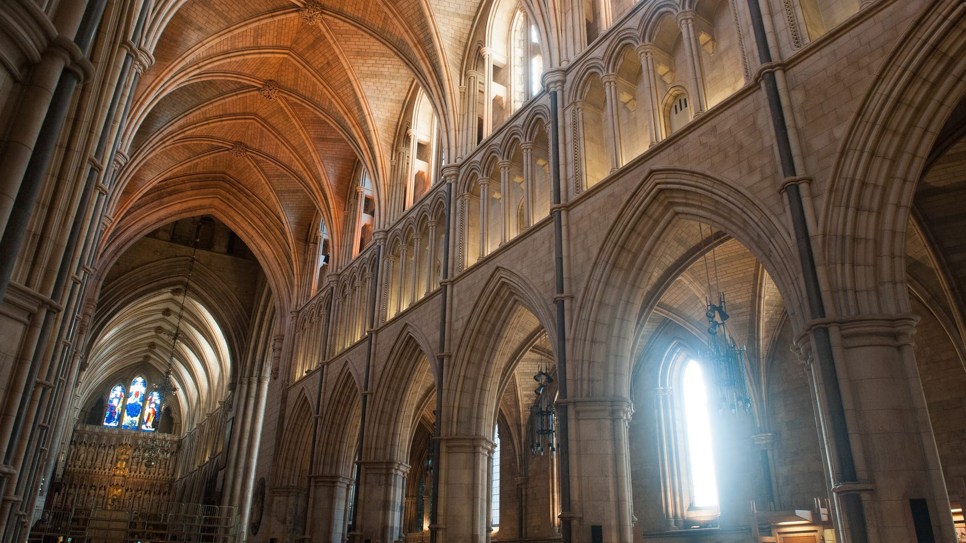 southwark-cathedral-nave
