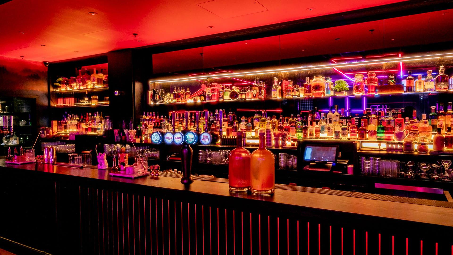 Hijingo bar